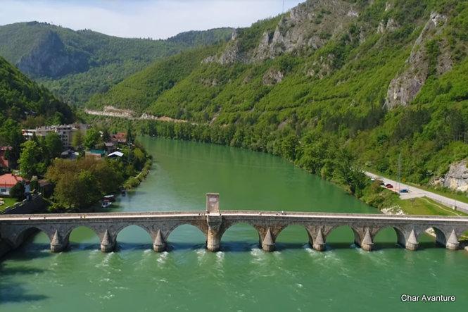 most_na_drini