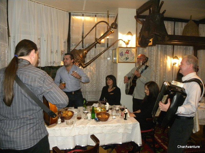 06.zabava v sarajevski etno restavraciji-001