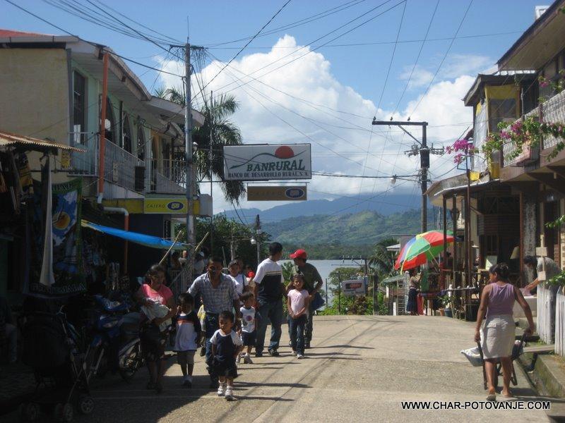 37._Povratek_v_Gvatemalo__Livingston