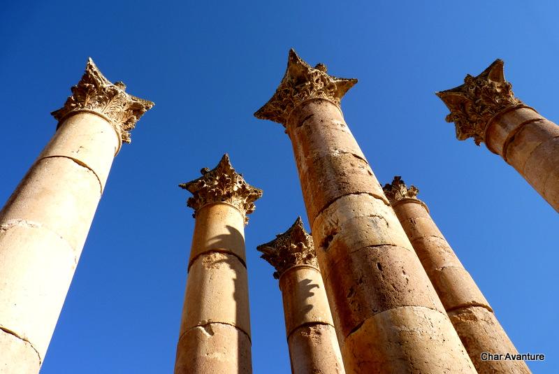 03. stebri v rimskem mestu jerash