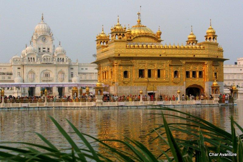 01.Zlati_tempelj_v_Amritsarju