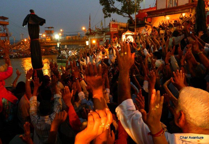 33.puja_v_Haridwaru_pred_odhodom_domov