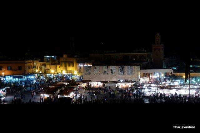19.pogled na glavni trg iz nasega hotela v marrakechu