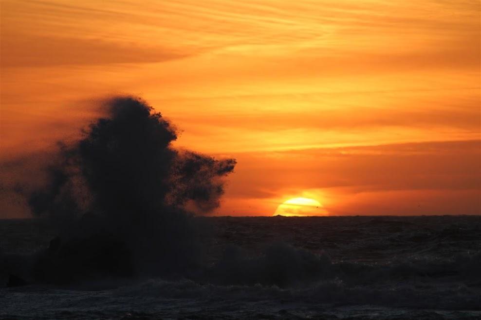 21a_Soncni_zahodi_ob_oceanu_so_nekaj_posebnega