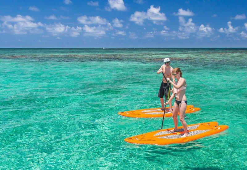 paddleboarding_