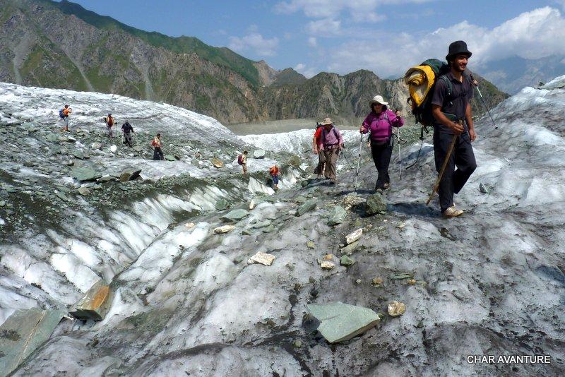 12.preckanje_znamenitega_ledenika_minapin
