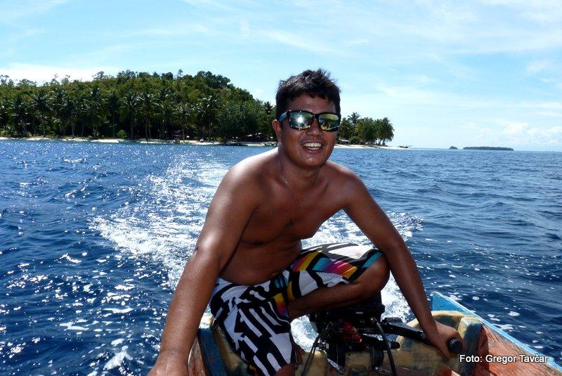 31. Na samotni otok gremo z ladjicami