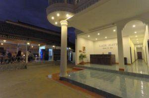 07._hotel_Vang_Vieng_300x100000