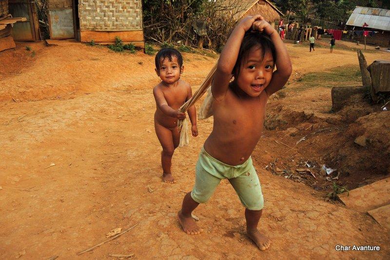 11._v_Laosu_živijo_še_svobodni_in_veseli_ljudje