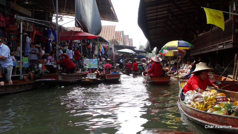 6a._plavajoča_tržnica_v_Bangkoku
